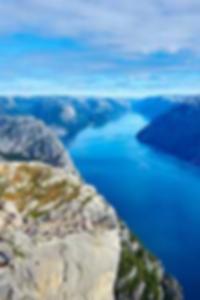 شين تمتص أصابع القدم bangbros